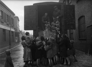 First bananas to arrive in Brighton after the Second World War