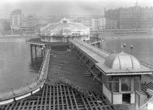 Repairing the West Pier, 22 September 1945